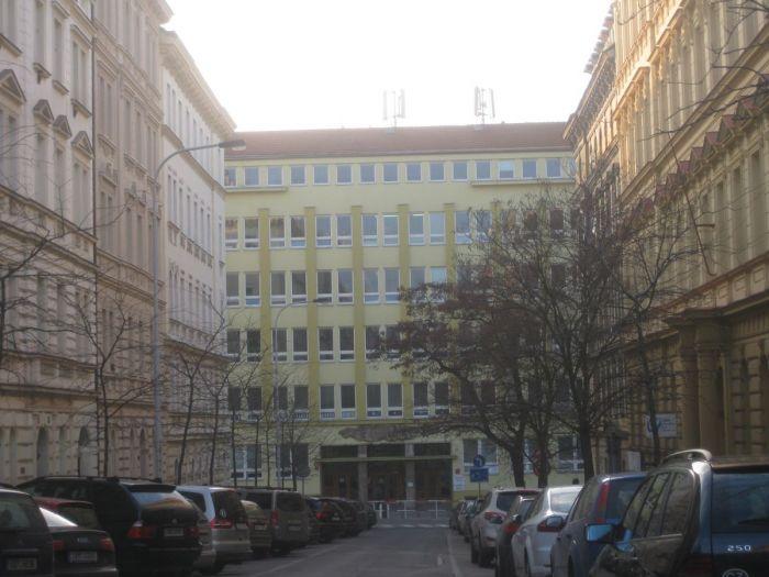 synagoga_sazavska-01b