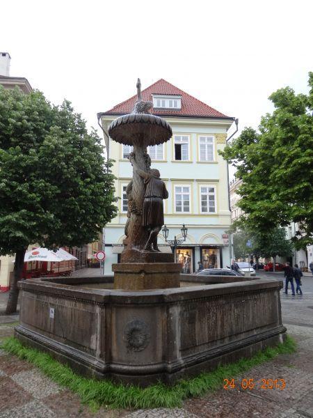 stare_mesto_pruchody-06